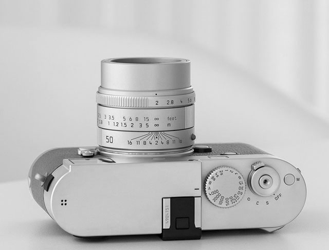 Leica Summicron 50mm f/2.0 APO lens - Review - Leica Summicron 50mm f/2.0 APO lens vs. Zeiss Sonnar 50mm f/1.5 lens - Leica Lens Expert Oz Yilmaz