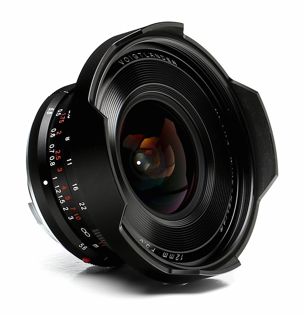 Voigtlander 12mm f/5.6 lens review - Leica T camera - Wide angle lens photography